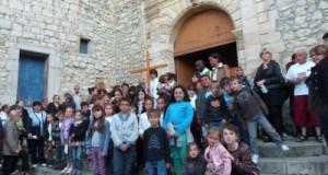Messe des petits et grands avec l'accompagnement des cathéchistes et la présence des NGA